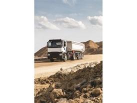 Goodyear_OMNITRAC_Truck_01