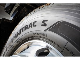Goodyear_OMNITRAC_S_mounted_01