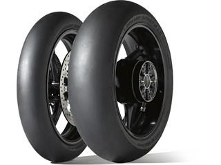 Vyhrává na závodech, vyhrává v testech. Nová pneumatika Dunlop GP Racer D212 si odnesla vítězství z testu časopisu Performance Bikes.