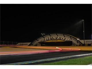 Le Mans's Dunlop bridge in the night