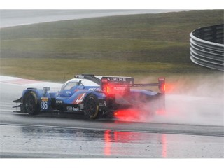 Signatech Alpine Matmut in the wet in China
