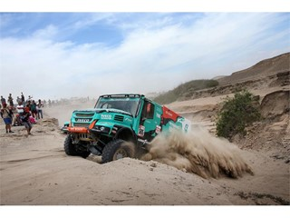 Goodyear sul podio alla Dakar con il Team De Rooy