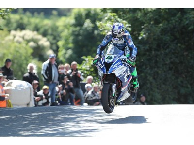 Ian Hutchinson takes first win back on Dunlops at Isle of Man TT