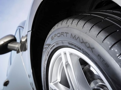 Dunlop's new Sport Maxx RT 2 SUV offers drivers excellent grip and handling
