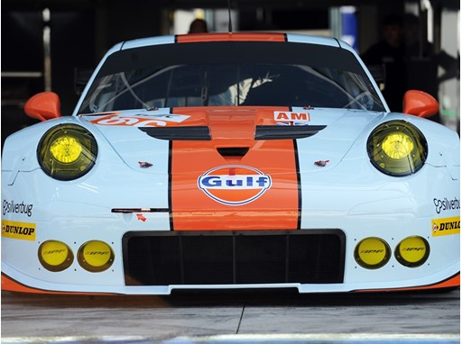 Ready for action - The Gulf Racing Porsche 911 RSR on Dunlop