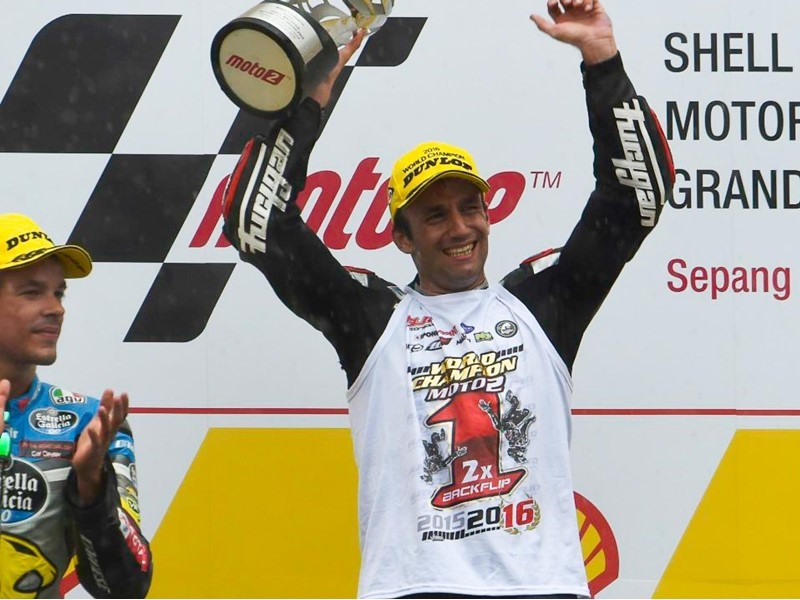 Dunlop #ForeverForward Winner to be decided at <b>MotoGP</b> finale