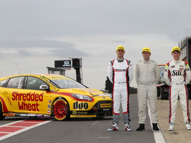Dunlop provides British racing stars with <b>BTCC</b> test opportunity