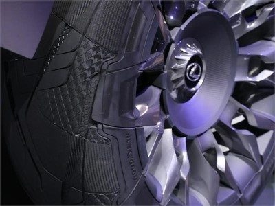 Goodyear proudly presents the 'Goodyear Urban CrossOver' –  a customized concept tire for the new Le