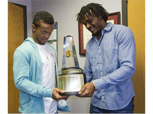 Gatorade National Football Player of the Year award surprise