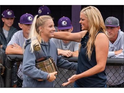 2018-19 Gatorade National Softball Player of the Year Award Winner Kelley Lynch