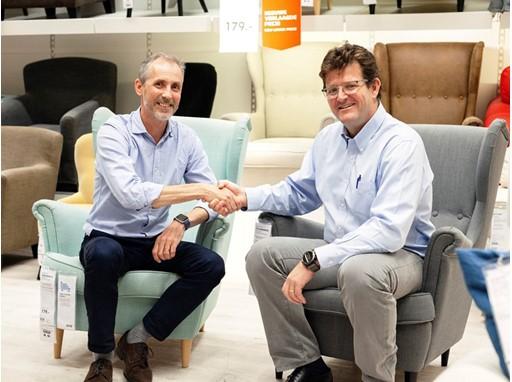 Torbjörn Lööf, CEO Inter IKEA Group and Sandro Solari, CEO S.A.C.I. Falabella