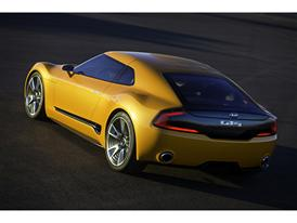 Kia GT4 Stinger (static 1)