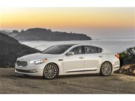 2015 Kia K900 Named 'International Car of the Year