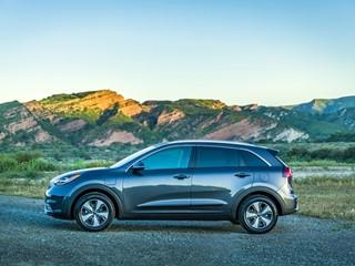 Kia Motors America Introduces 2018 Niro Plug-in Hybrid Crossover at Los Angeles Auto Show