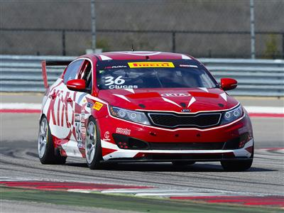 Kia Racing Charges Into the Streets of St. Petersburg for Rounds Three and Four of Pirelli World Cha