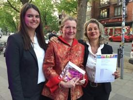 Die Preisträger mit dem Silber Award vom WorldMediaFestival in Hamburg