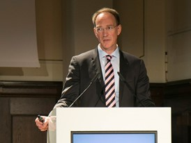 Prof. Dr. Peter Kenning, Universität Düssseldorf