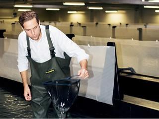 Deutschlands erster Großstadtfischer - Fabian Riedel aus Bayern.