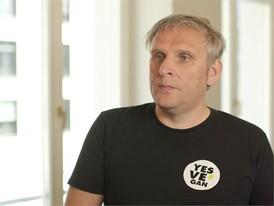 """Jan Bredack, Veganz, Gründer und Inhaber der ersten veganen Supermarktkette in Europa: """"Veganz"""", Berlin."""