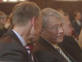 Prof. Dr. Peter Kenning (Universität Düsseldorf) und Stephan Becker-Sonnenschein (Verein DIE LEBENSMITTELWIRTSCHAFT)
