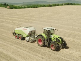 CLAAS QUADRANT 3200: Grain harvesting