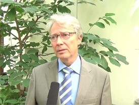 Interview VI Interview Becker-Sonnenschein, Kurator Global Food Summit
