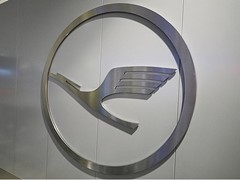 Lufthansa Group adjusts its full year outlook