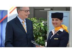Lufthansa stattet Flugbegleiter mit iPads aus