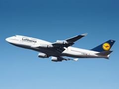 Das ganz besondere Erlebnis: Lufthansa fliegt im November mit dem Jumbo-Jet nach Berlin