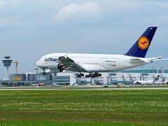 Erste Landung der Lufthansa A380 am 17. März