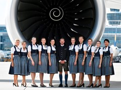 Take-off for the world's largest Oktoberfest: Lufthansa flights featuring the biggest 'Trachten' crew of all time