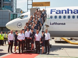 German football team boarding Fanhansa