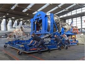 LHT-Triebwerkstand-20x30cm-JMai 3929