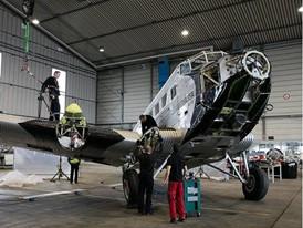 Ju 52 Anbau der Fluegel