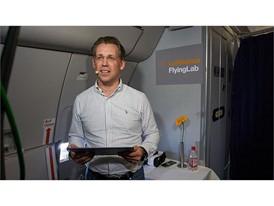 Flying Lab klein