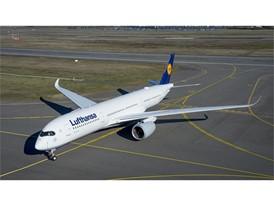 Lufthansa A350-900: Moin Hamburg!