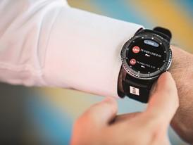 Smartwatch der Groundhandler von SATS in Singapur