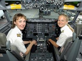 Kapitänin und Pilotin