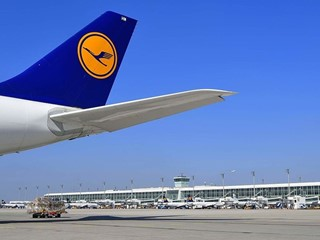 Lufthansa Hub Munich honoured for sustainable environmental management