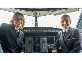 Female Lufthansa pilots are taking off
