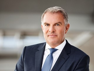 Lufthansa Supervisory Board extends contract of Carsten Spohr