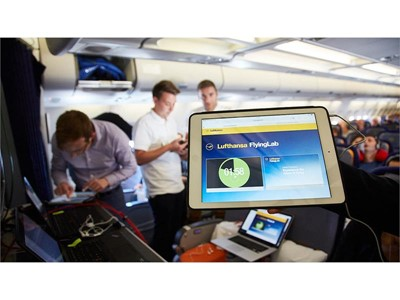 """On the way to the digital conference - Experience an """"SXSW"""" FlyingLab with Lufthansa"""