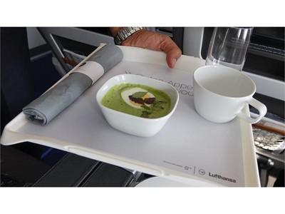 Lufthansa unterstützt Weltrekordversuch mit Grüner Soße