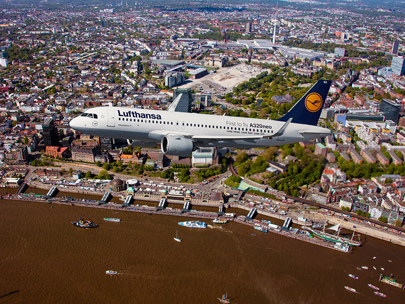 A320neo greeting Hamburg