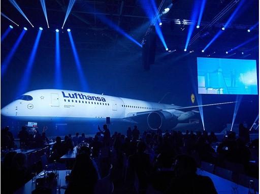 A350 Roll-in