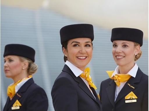 Lufthansa sucht 1.000 neue Flugbegleiter für München