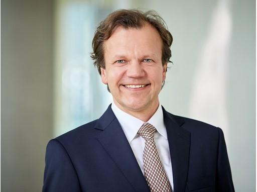Jörg Pikolin - Head of Flight Operations Efficiency & Innovation Group Airlines