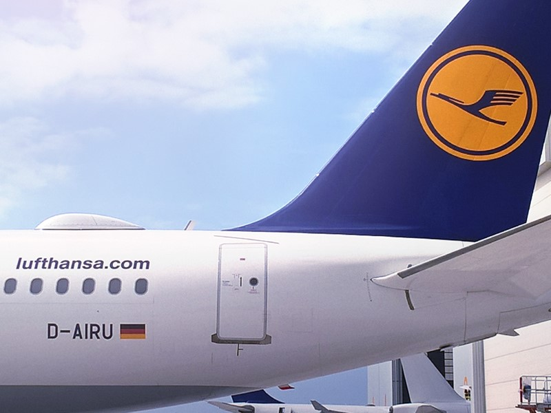 Lufthansa Group | Newsroom : Internet über den Wolken: Ab sofort ...
