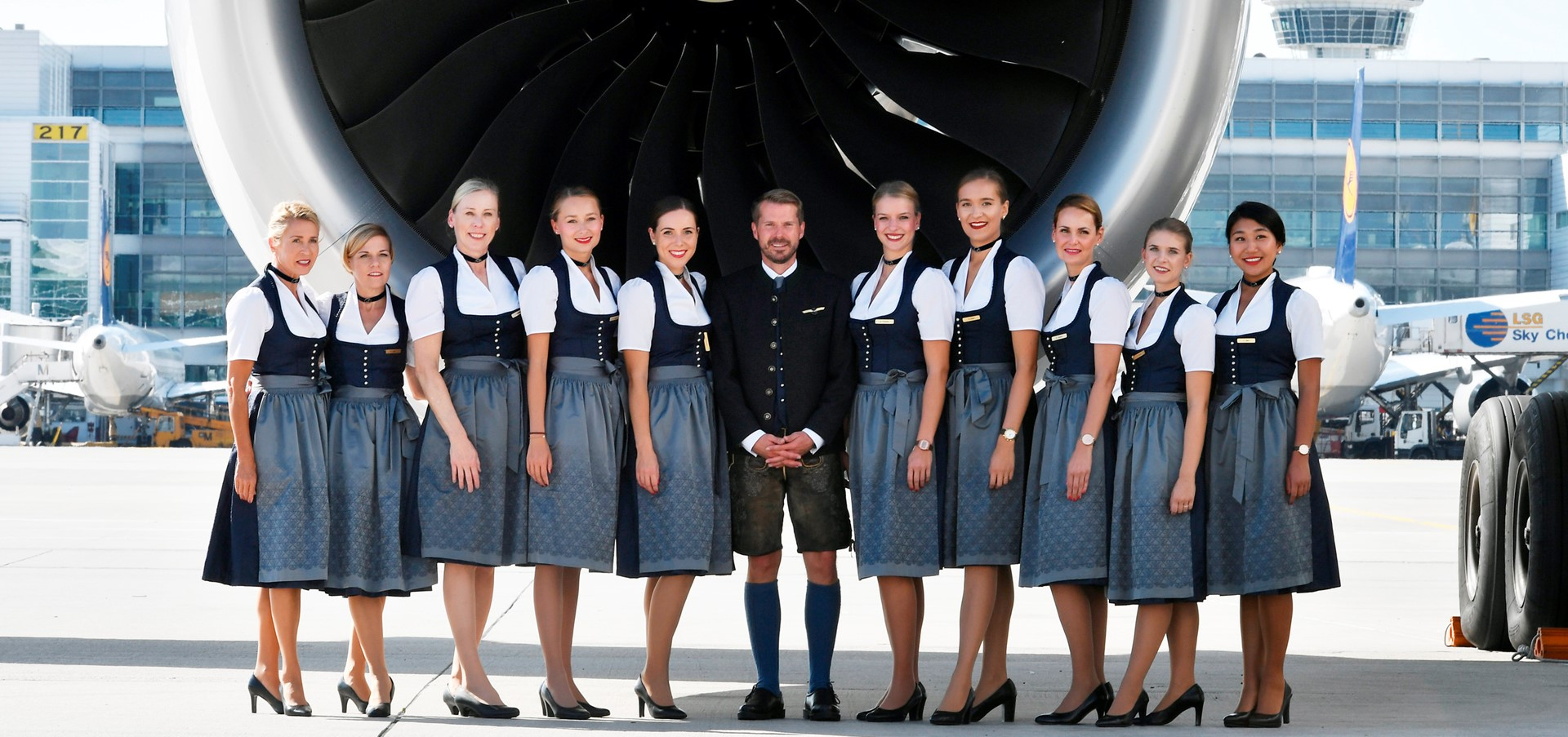 Take-off for the world's largest Oktoberfest: Lufthansa