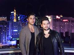Las Vegas Features Country Duo Dan + Shay With Exclusive Performance Aboard the High Roller